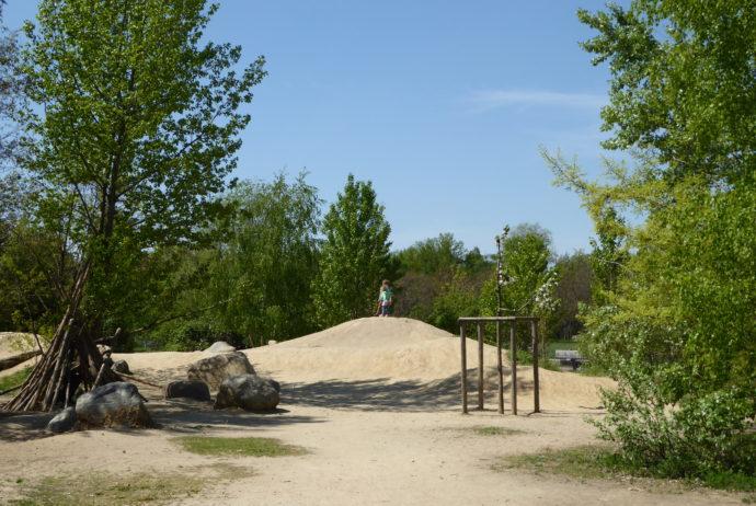 Naturerfahrungsraum Gleisdreieckpark | Natur für Großstadtkinder