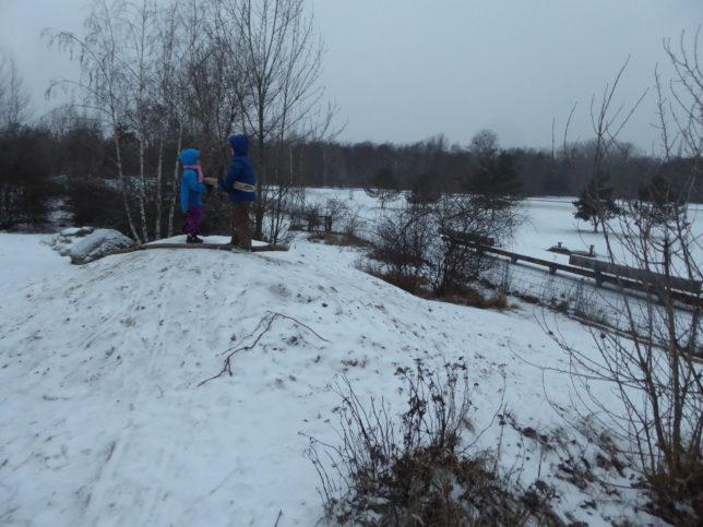 Winter im Park am Gleisdreieck | Naturspielplatz für Kinder
